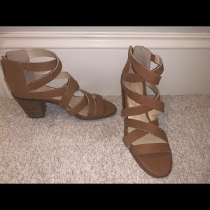 Tan Jessica Simpson Sandals with a heel